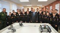 ВСуворовском училище объяснили показ Путину роботов из Кореи