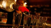 ВМинздраве опровергли существование безопасной дозы алкоголя
