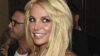 Певица Бритни Спирс снова стала блондинкой