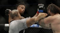 Боец UFC был лишен победы из-за ингалятора