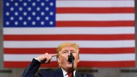 Трамп назвал опросы по поводу импичмента неточными