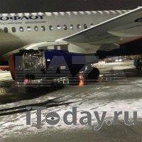 «Суперджет» прервал полет из-за проблем с двигателем