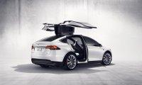 Tesla отзывает 15 тыс. электромобилей Model X в США и Канаде