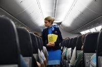 Названы любимые места россиян в самолете
