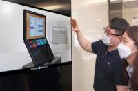 LG представила несколько новых гибких дисплеев