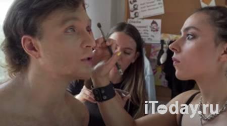 Сын Елены Яковлевой впервые показал лицо без татуировок