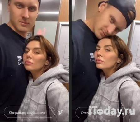 Анна Седокова в нижнем белье дала мужу чуть придушить себя на балконе