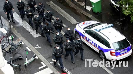 СМИ: второй подозреваемый после нападения у Charlie Hebdo задержан - Радио Sputnik, 25.09.2020