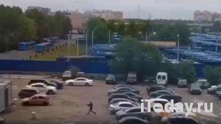 Пьяный стрелок открыл огонь из многоэтажки в Красногорске - Радио Sputnik, 26.09.2020