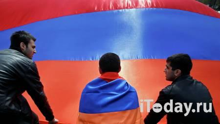 Надо обсуждать. Премьер Армении допустил признание независимости Карабаха - Радио Sputnik, 27.09.2020