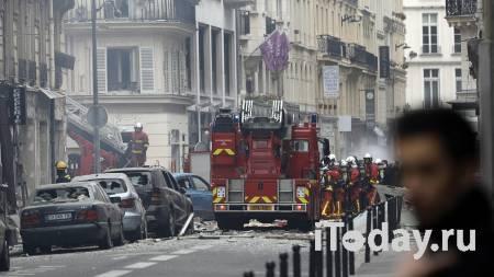 Земля содрогнулась: момент взрыва грузовика с баллоном посреди улицы - Радио Sputnik, 11.10.2020