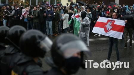 На несанкционированной акции в Минске прозвучала серия хлопков - 18.10.2020