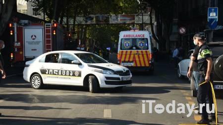 В Грузии мужчина взял заложников в банке, пишут СМИ - Радио Sputnik, 21.10.2020