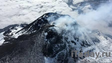 На Камчатке началось извержение вулкана Безымянный - 22.10.2020