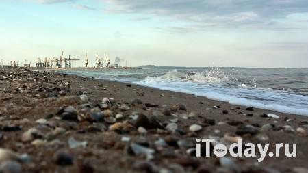 Танкер в Азовском море может затонуть после взрыва – Росморречфлот - Радио Sputnik, 24.10.2020