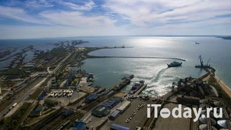 В Азовском море продолжили поиски моряков с пострадавшего танкера - 25.10.2020