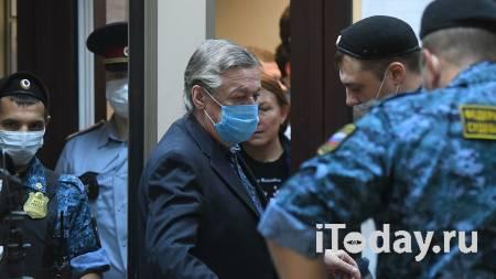 Митрополит Белгородский посетил СИЗО, в котором находится Ефремов - 22.11.2020