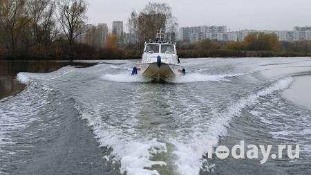 На Москве-реке появилось масляное пятно - 24.11.2020
