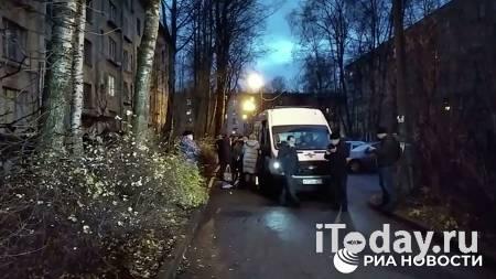 Детей, взятых в заложники в Петербурге, временно направят в детдом - 25.11.2020