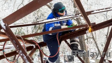 Выяснилось, когда восстановят энергетику в Приморье после ледяных ливней - Радио Sputnik, 26.11.2020