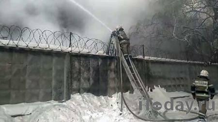 На заводе в Самаре, где произошел крупный пожар, обрушились перекрытия - 01.01.2021