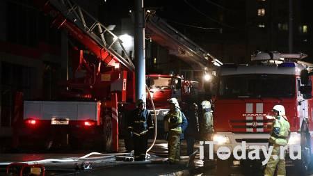 При пожаре в многоэтажке на западе Москвы погибли четыре человека - Радио Sputnik, 07.01.2021