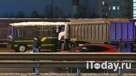 Водителя грузовика, попавшего в ДТП с военными автобусами, задержали - 11.01.2021