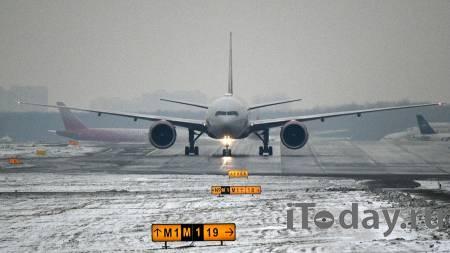 В Шереметьево сел самолет после срабатывания датчика неисправности - 13.01.2021