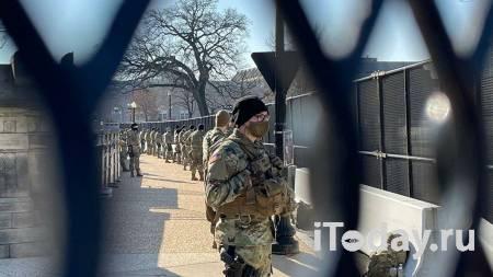 СМИ: неизвестный в охраняемой зоне Капитолия вызвал панику полицейских - Радио Sputnik, 16.01.2021