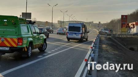На юге Москвы загорелся автомобиль - 19.01.2021