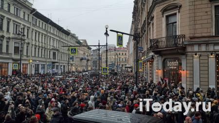 В Красноярске и Петербурге нашли подозреваемых в нападении на полицейских - Радио Sputnik, 24.01.2021