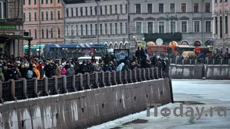 В Петербурге рассказали о задержаниях подростков на незаконной акции - 24.01.2021
