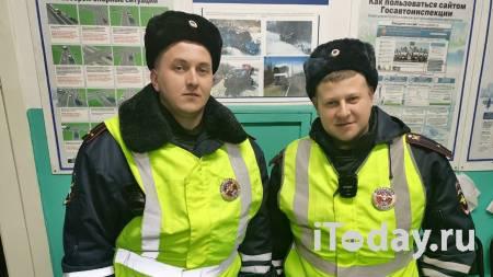 Инспекторы ДПС в Карелии спасли тонувшую в реке девушку - 27.01.2021