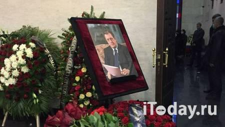 Песков выразил соболезнования в связи со смертью Сергея Приходько - 28.01.2021