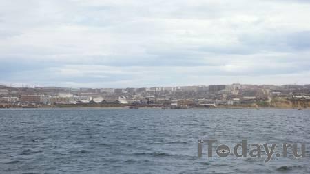 У берегов Сахалина спасают 40 рыбаков, дрейфующих на льдине - 01.02.2021
