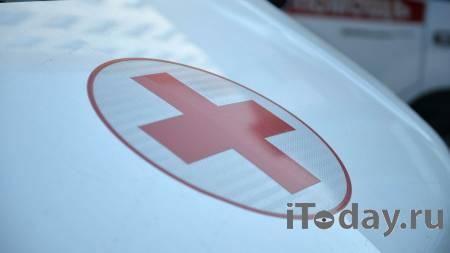 В Воронеже мужчина упал с высоты на коляску с младенцем - 04.02.2021