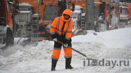 Хозяин магазина в Ленобласти чуть не застрелил мужчину из-за уборки снега - Радио Sputnik, 21.02.2021