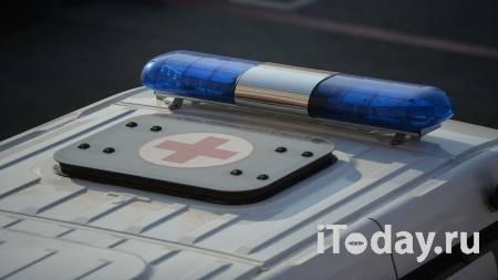 В центре Москвы такси наехало на пешехода - 26.02.2021