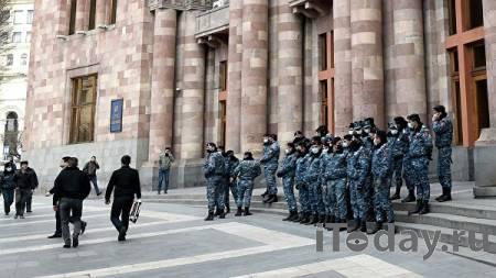 Президент Армении обсудил с представителем оппозиции ситуацию в стране - 07.03.2021