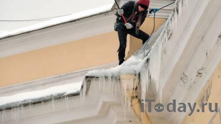 После гибели мужчины из-за падения льда в Петрозаводске возбудили дело - 15.03.2021