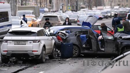 В ДТП на Садовом кольце разбился автомобиль за десять миллионов рублей - 01.04.2021