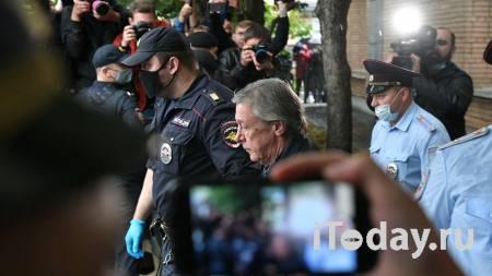 История продолжается. Лжесвидетели по делу Ефремова ответят перед судом - Радио Sputnik, 05.04.2021
