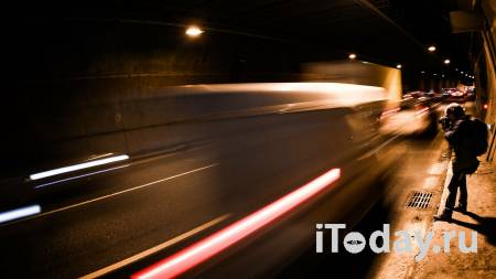 В Лефортовском тоннеле в Москве столкнулись два автомобиля - 07.04.2021