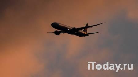 Летевший во Владивосток самолет внепланово приземлился в Красноярске - 18.04.2021