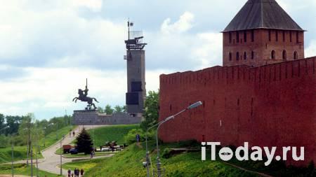 В Великом Новгороде обрушилась облицовка монумента Победы - 18.04.2021