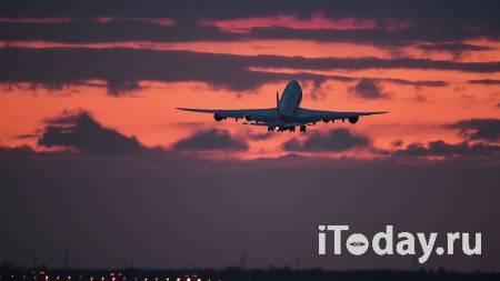 Грузовой Boeing вынужденно сел в Новосибирске из-за инсульта у пилота - 19.04.2021
