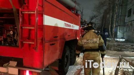 В Улан-Удэ загорелся ангар с автомобильными маслами - 19.04.2021