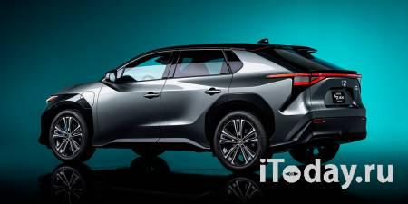 Toyota показала компактный электрический кроссовер