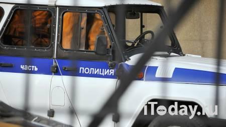 В Оренбурге на детской площадке задержали мужчину с топором - 03.05.2021
