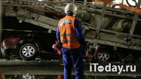 Власти Мехико обновили данные о погибших при крушении метромоста